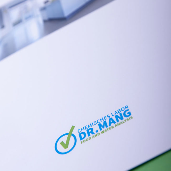 Corporate Design |Chemisches Labor Dr. Mang